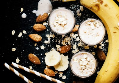 Low FODMAP Banana Bread Smoothie