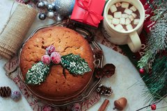 Low FODMAP Christmas Cake with Brandy Custard
