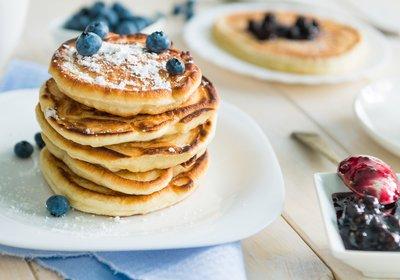 Low FODMAP Oat & Banana Pancakes