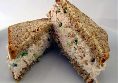 Serving suggestions for Monash University Certified low FODMAP sourdough spelt breads 4/5