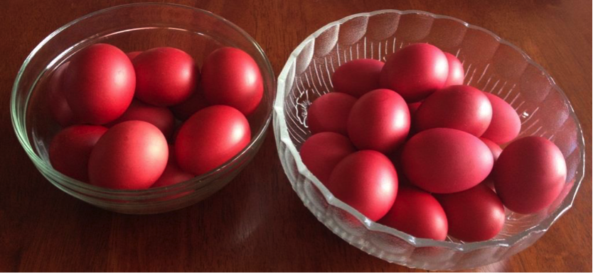 The tradition of Greek Easter eggs!